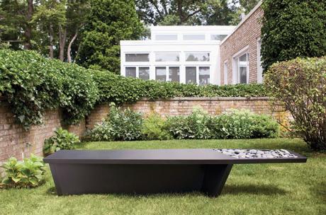 The Skew bench by Desu Design