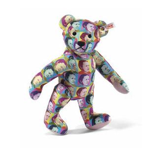 Steiff's special Classic Teddy Bear Margarete