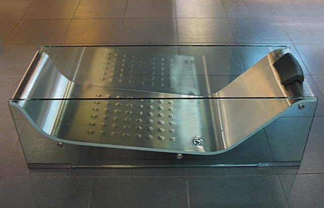 glass tub with steel insert