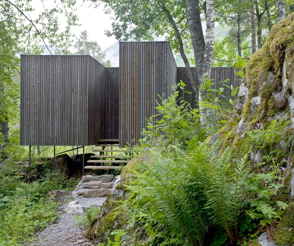 the juvet landscape hotel 7 private dwellings in the norwegian woods if it 39 s hip it 39 s here. Black Bedroom Furniture Sets. Home Design Ideas