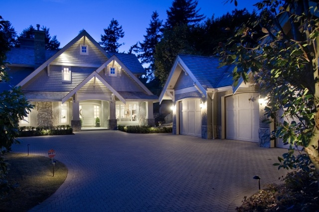 Brighton Beach: Beautiful Home Design In West Vancouver, Canada By Linda Burger