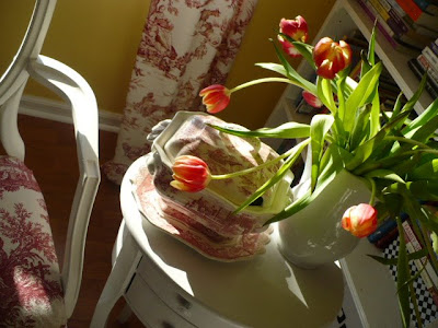 red transferware & red tulips