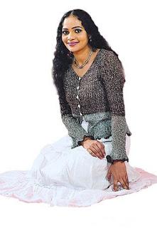 SRI LANKAN ACTRESS AND MODELS HOT LAND: Umayangana