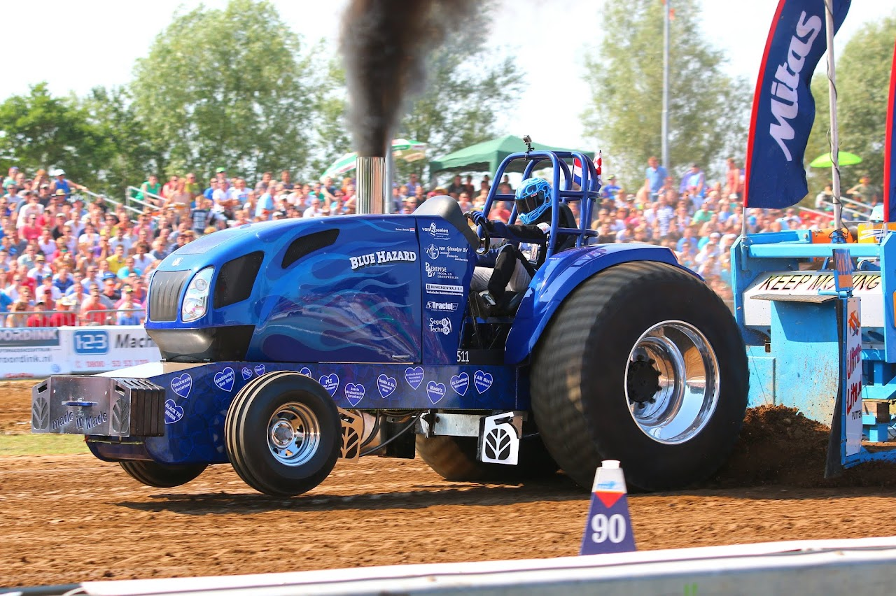 Inside Tractor Pulling : Tractor pulling news pullingworld q a with renate
