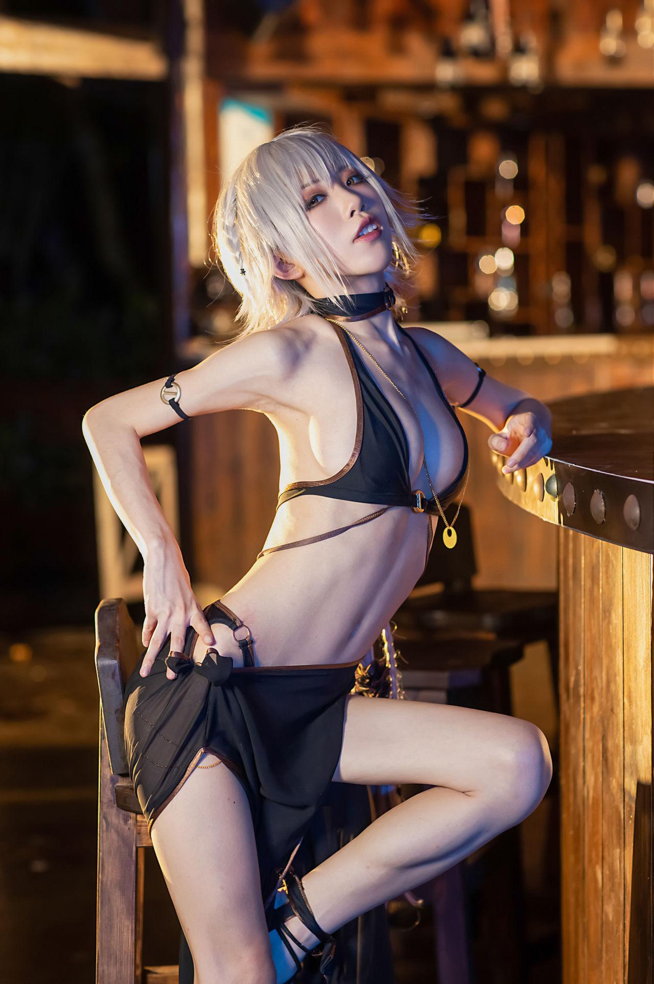 水淼 Aqua Jeanne d'Arc (Alter) Swimsuit Cosplay