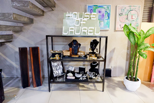 house of laurel