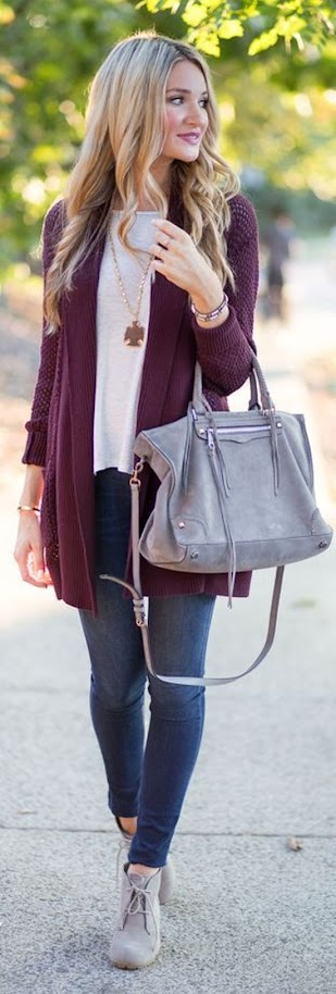 Casual look with burgundy cardigan, white top and jeans for Soft Summer women