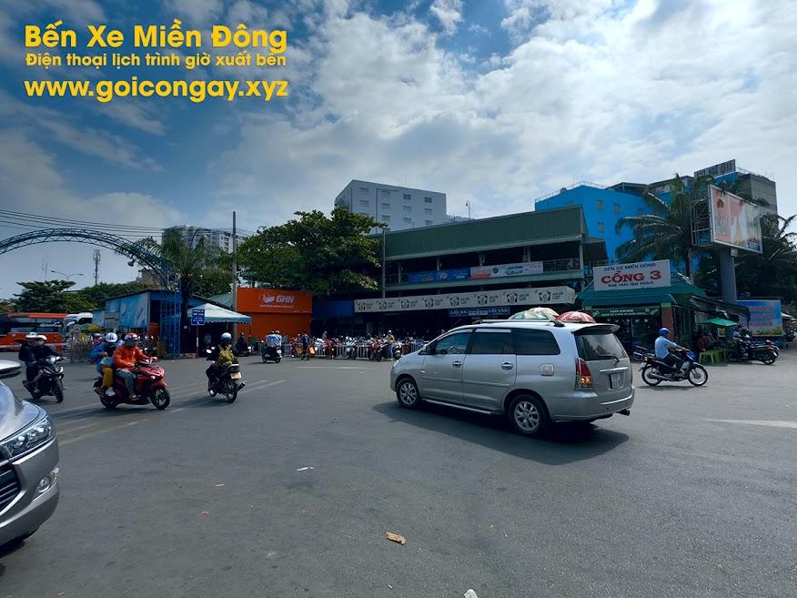 Cổng số 3 đường Đinh Bộ Lĩnh Bến Xe Miền Đông