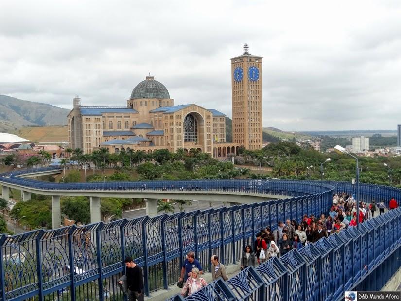 Passarela da Fé - o que fazer em Aparecida - São Paulo