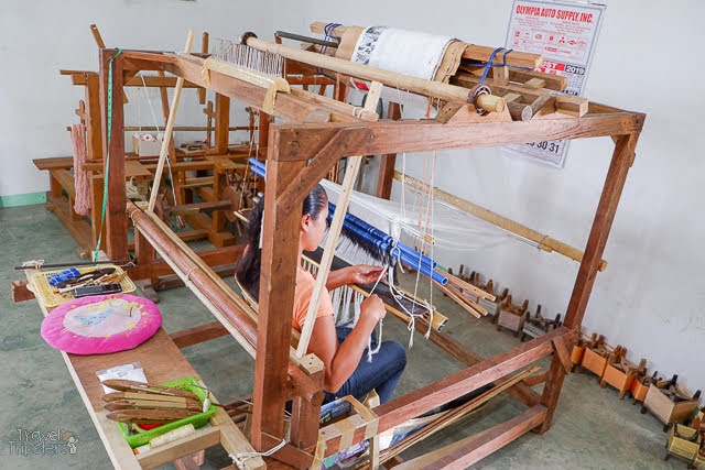silk weaving loom