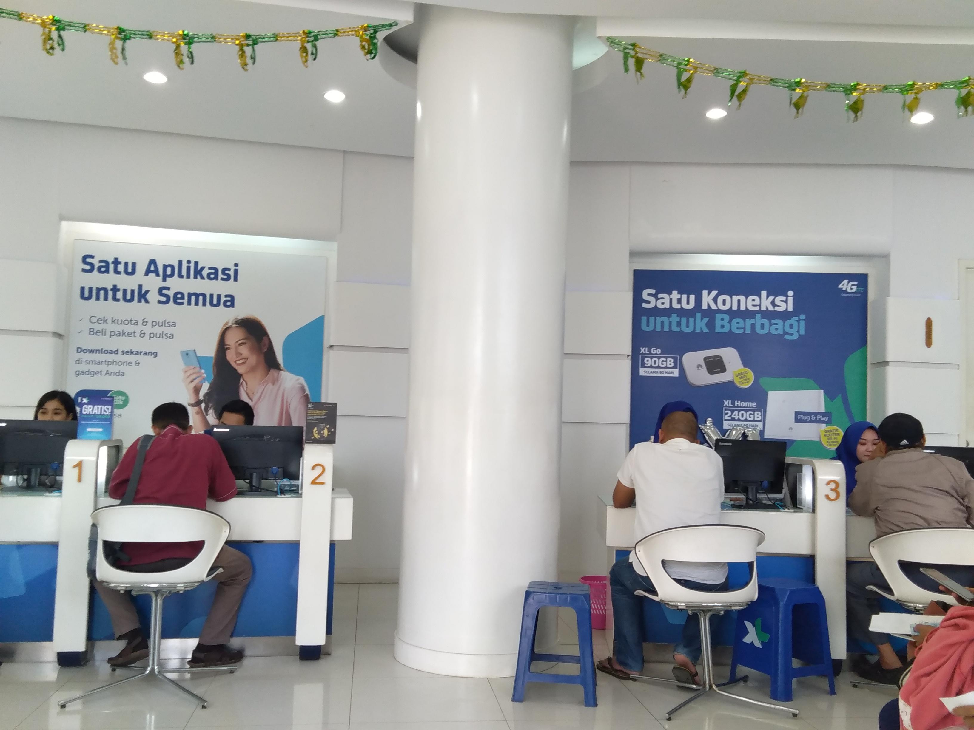 XL Center Serang, Banten