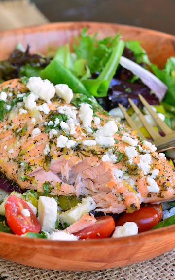 Greek Salmon Salad | Photo Courtesy of Will Cook for Smiles