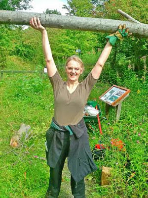 Debbie McCall with her prize elm cuttting