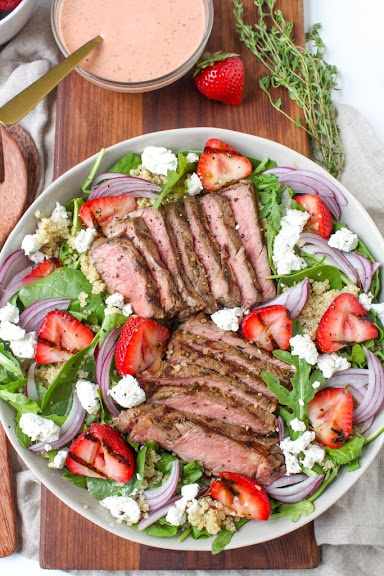 Grilled Steak and Strawberry Salad with Strawberry Vinaigrette | Photo Courtesy of Fannetastic Food