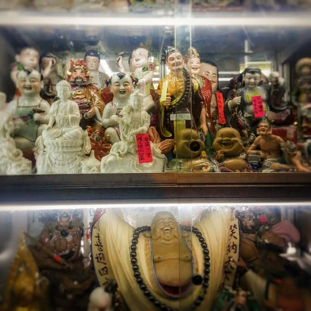 Chinese, Porcelain, figurines, Curios, cabinet,  小雕像