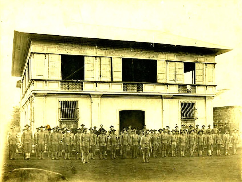 US soldiers in Batangas in formation.  Image source:  Sandra Plummer Collection at the Fort Worth Library's Digital Archive.