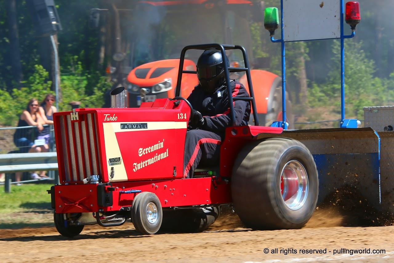 Tractor Pulling News - Pullingworld com: The new Screamin